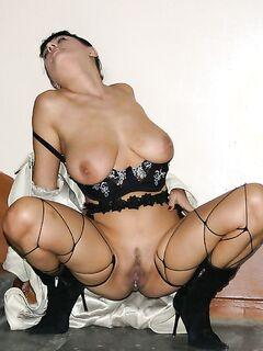 Подборка эротических снимков грудастых блудниц - секс порно фото