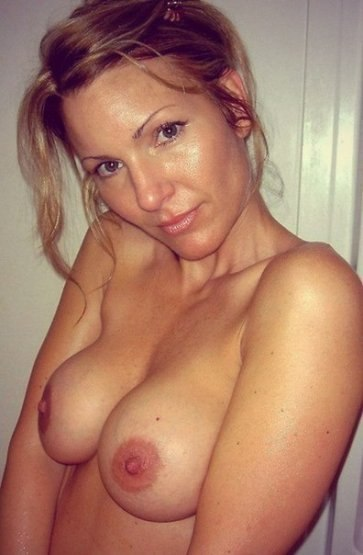 Подборка снимков попок красивых милашек в трусиках - секс порно фото
