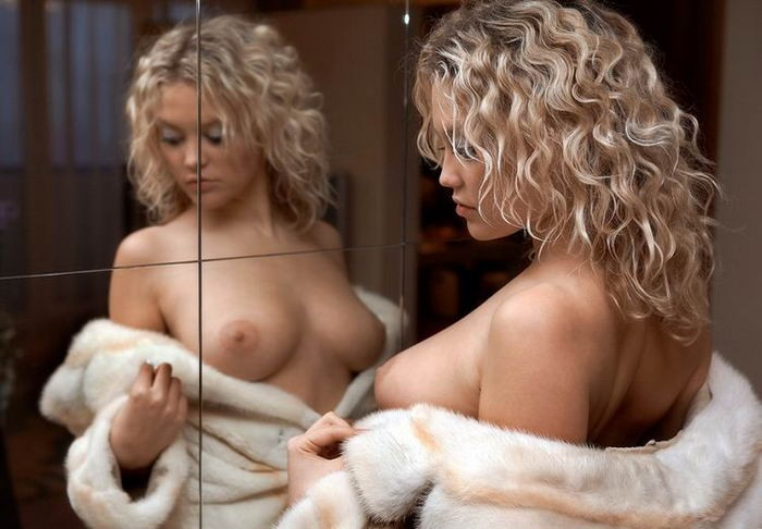 Эротический набор снимков раскованных цыпочек - секс порно фото