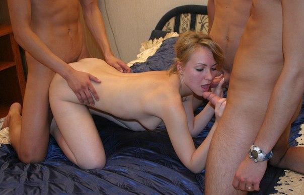 Частная подборка снимков группового секса мужиков с чужими жёнами - секс порно фото