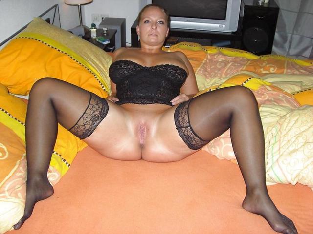 Домашняя подборка эро снимков грудастых дамочек - секс порно фото