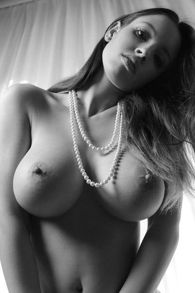 Подборка эротических снимков красоток с обнажёнными кисками - секс порно фото