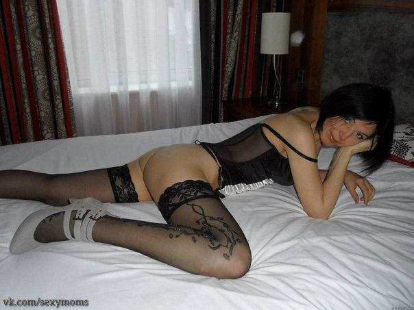 Частная подборка снимков красоток в чулках - секс порно фото