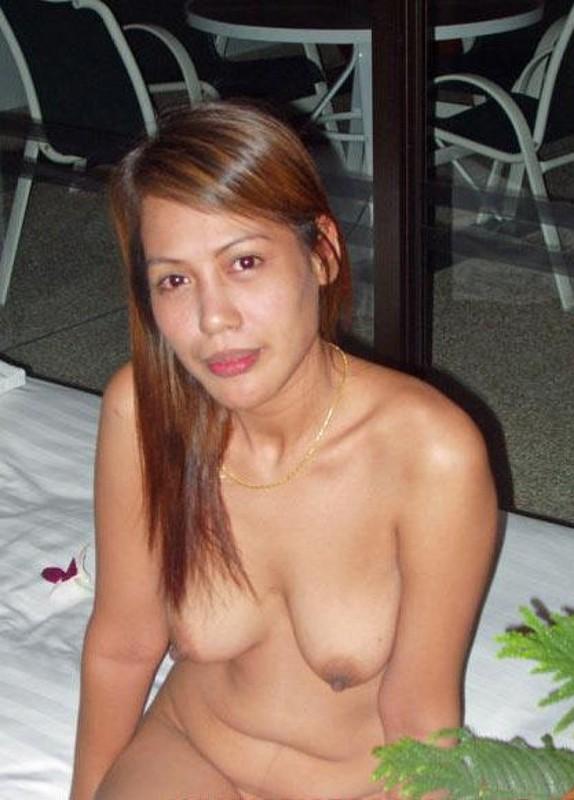 Молодые азиатки обнажают свои формы - секс порно фото